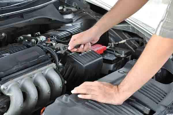 ما هي اسباب نقص زيت المحرك