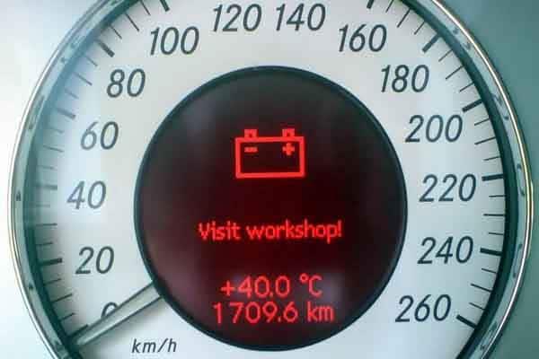 التعامل مع اعطال الكهرباء في السيارة